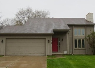 Foreclosed Home en CREST LN, Monroe, MI - 48162