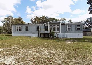 Foreclosed Home en OAKRIDGE DR, Spring Hill, FL - 34606