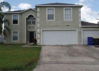 Foreclosed Home en TARREGA ST, Sebring, FL - 33872