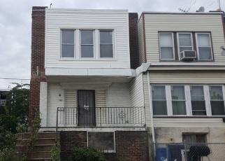 Foreclosed Home en REEDLAND ST, Philadelphia, PA - 19142