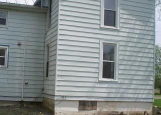 Foreclosed Home en N 3RD ST, Mifflinburg, PA - 17844