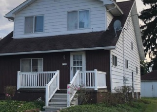 Foreclosed Home en OAK ST, Indiana, PA - 15701