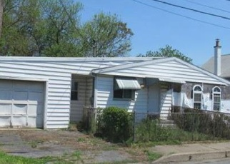 Foreclosed Home en MARKET ST, Middletown, PA - 17057