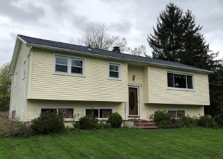 Foreclosed Home en MENDES RD, Danbury, CT - 06811