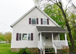Foreclosed Home en WOOSTER ST, New Britain, CT - 06052
