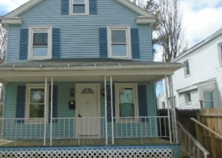 Foreclosed Home en CAPE ANN CT, New London, CT - 06320