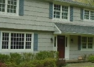 Foreclosed Home in DRUID LN, Ridgefield, CT - 06877
