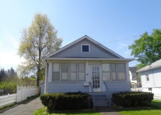 Foreclosed Home en ENGLEWOOD AVE, Bloomfield, CT - 06002
