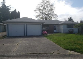 Foreclosed Home en 119TH AVE SE, Kent, WA - 98031