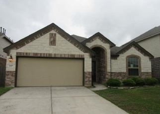 Foreclosed Home in FIREBRUSH LN, Baytown, TX - 77521