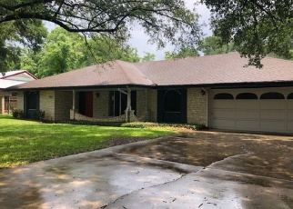 Foreclosed Home in FAWNDALE LN, San Antonio, TX - 78239