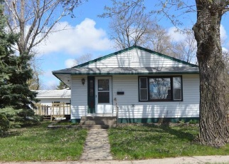Foreclosed Home en NW 3RD ST, Madison, SD - 57042