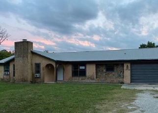 Foreclosed Home en COON HIDE RD, Spring Hill, FL - 34610
