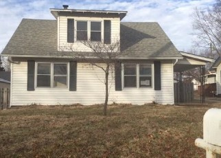 Foreclosed Home en 1ST ST, Kansas City, MO - 64163
