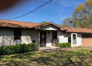 Foreclosed Home en GREENSFERRY RD, Jackson, MO - 63755