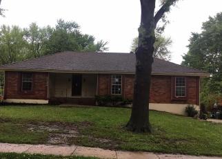 Foreclosed Home en E 127TH ST, Grandview, MO - 64030