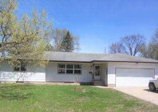 Foreclosed Home en KENNEDY AVE S, Lester Prairie, MN - 55354