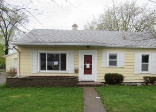 Foreclosed Home en LAKEVIEW AVE, Battle Creek, MI - 49015