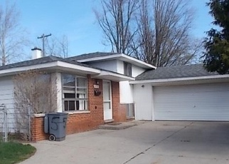 Foreclosed Home en MALBURG DR, Sterling Heights, MI - 48313