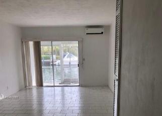 Foreclosed Home en IXORA CT, Miami, FL - 33181