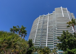 Foreclosed Home en NE 38TH CT, Miami, FL - 33180