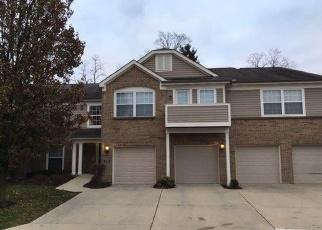 Foreclosed Home en SOUTHMEADOW CIR, Cincinnati, OH - 45231