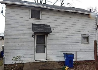 Foreclosed Home en JONES RD, Cleveland, OH - 44105