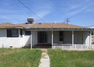 Foreclosed Home en E SEQUOIA AVE, Tulare, CA - 93274