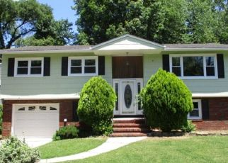 Foreclosed Home in GALLAGHER CT, Bergenfield, NJ - 07621