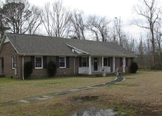 Foreclosed Home in MALLARD CIR, Lumberton, NC - 28360