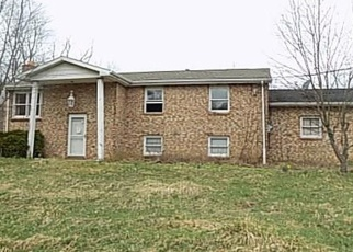 Foreclosed Home en FAIRVIEW RD, Industry, PA - 15052