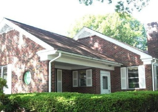 Foreclosed Home en ELM AVE, Hershey, PA - 17033