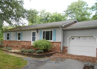 Foreclosed Home en DELAWARE DR, King George, VA - 22485