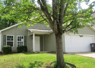 Foreclosed Home en SAINT PHILLIPS CT, Locust Grove, GA - 30248