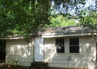 Foreclosed Home en LYNN DR, Covington, GA - 30016