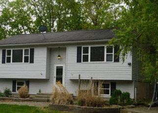 Foreclosed Home en LEDGEWOOD DR, East Stroudsburg, PA - 18301