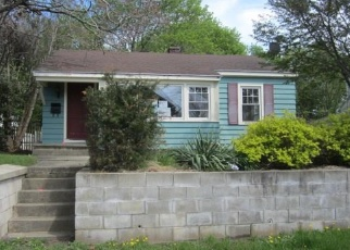 Foreclosed Home en MECHANIC ST, Jewett City, CT - 06351