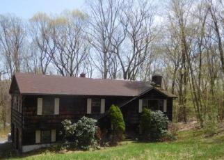 Casa en ejecución hipotecaria in Woodbridge, CT, 06525,  HALLSEY LN ID: F4400722