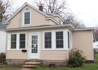 Foreclosed Home en MAPLE ST, West Haven, CT - 06516