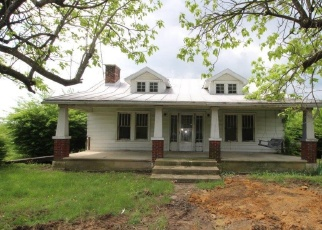 Foreclosed Home en SENEDO RD, Edinburg, VA - 22824