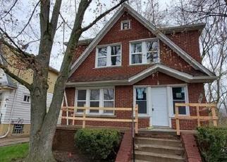 Foreclosed Home en DRESDEN ST, Detroit, MI - 48205