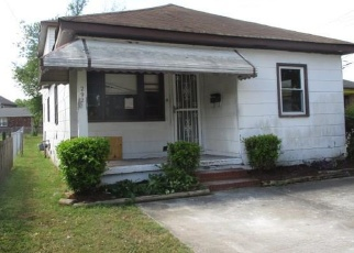 Foreclosed Home en WATSON ST, Portsmouth, VA - 23707