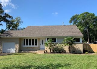 Foreclosed Home en BEACON HILL CT, Norfolk, VA - 23502