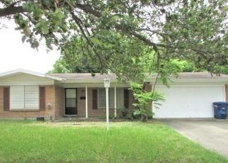 Foreclosed Home in HAMLIN DR, Corpus Christi, TX - 78411