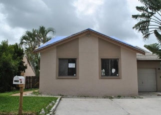 Foreclosed Home in STRAWBERRY LAKES CIR, Lake Worth, FL - 33463