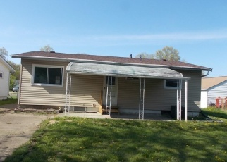 Foreclosed Home en CREHORE ST, Lorain, OH - 44052