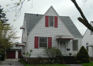 Foreclosed Home en WAINSTEAD AVE, Cleveland, OH - 44111