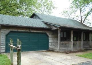 Foreclosed Home en VFW DR, Festus, MO - 63028
