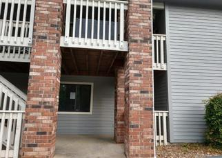 Foreclosed Home en RIVER POINT RD, Hollister, MO - 65672