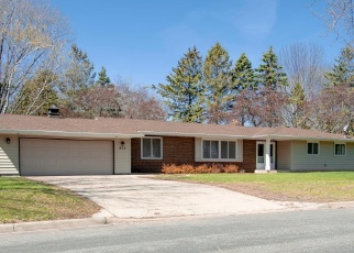 Foreclosed Home en BRENDA LEE DR, Saint Cloud, MN - 56303